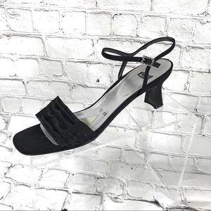 Stuart Weitzman black fabric low heel sandal 8.5 N